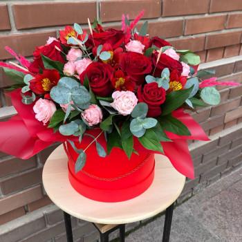 Коробка роз «Амур»