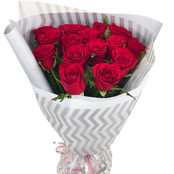 15 красных роз «О чувствах»